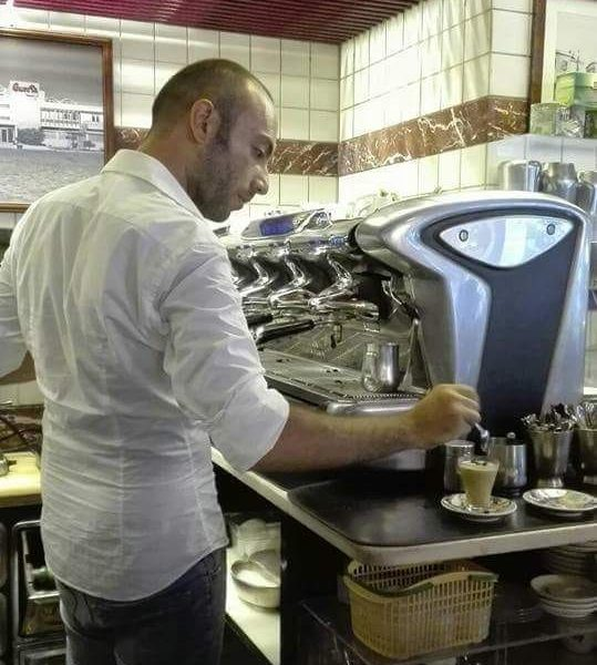 Starbucks, lunghe code a Milano